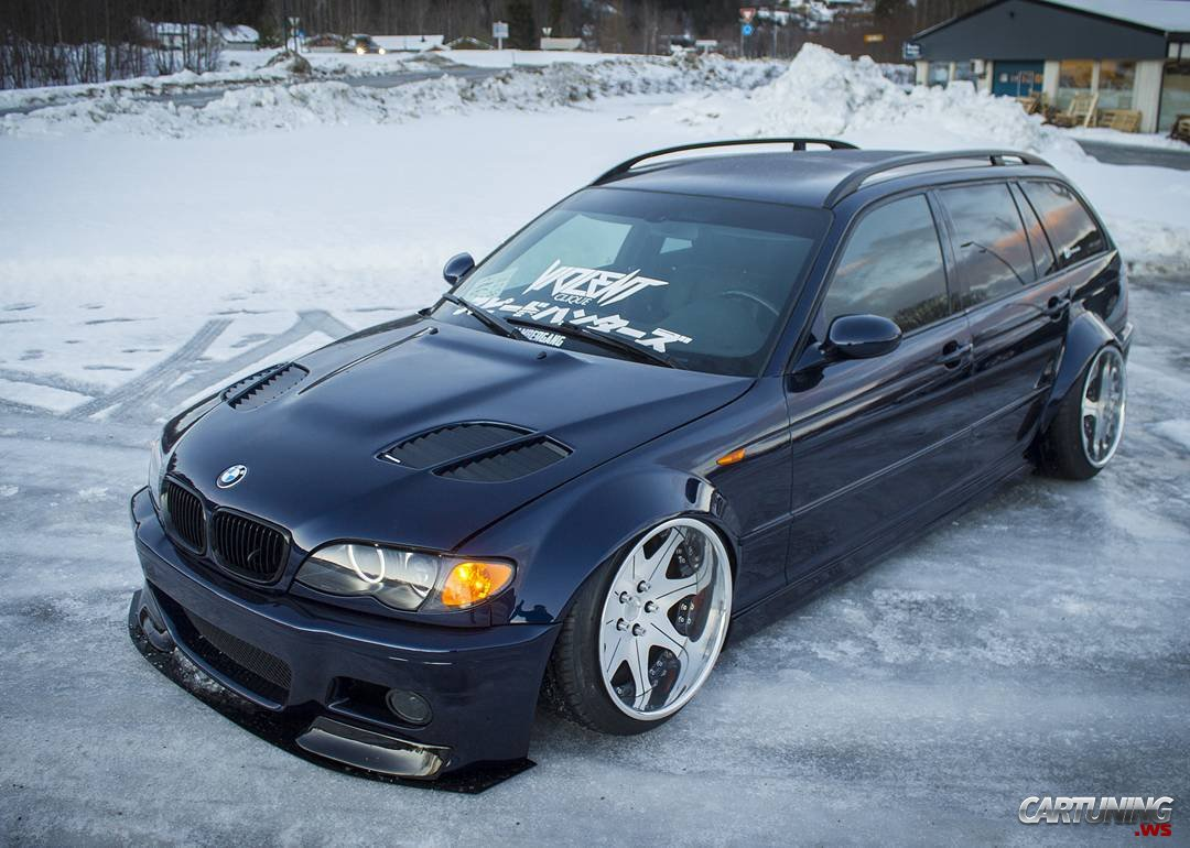 Stanced Bmw 3 E46 Touring Side
