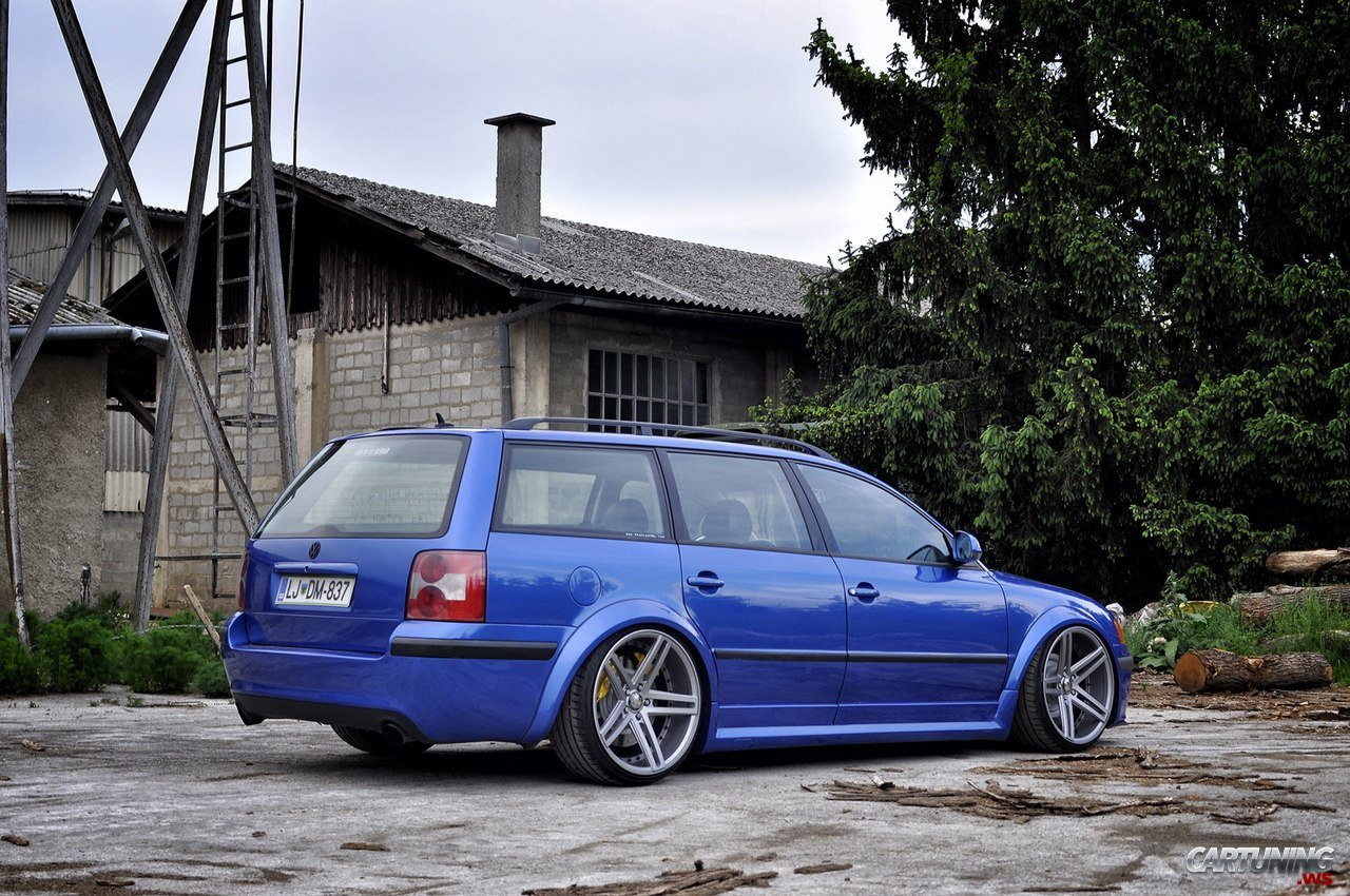 stanced volkswagen passat variant b5 rear. Black Bedroom Furniture Sets. Home Design Ideas