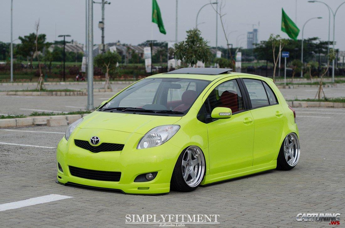 Stance Toyota Yaris