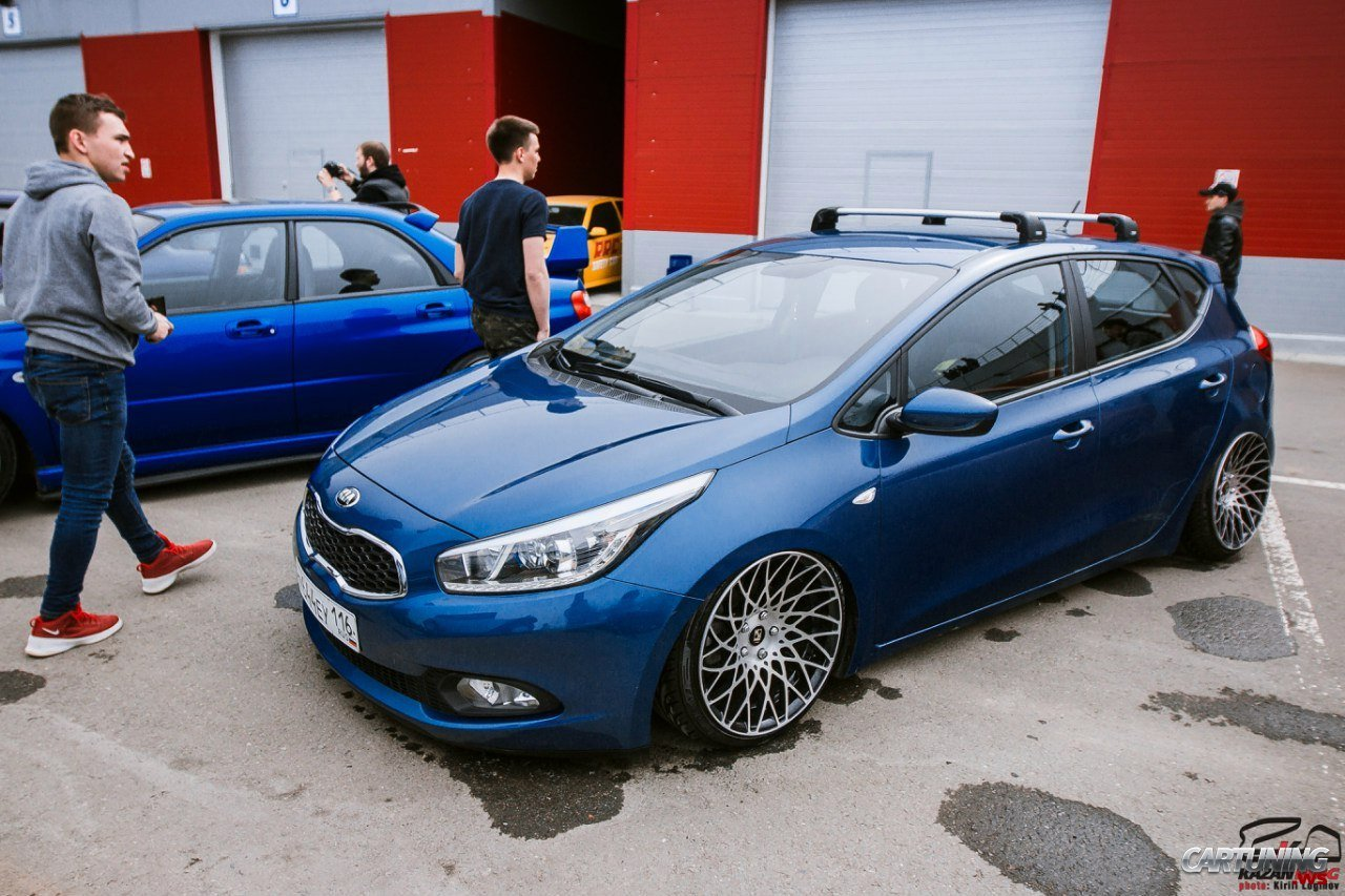 stanced kia ceed cartuning best car tuning photos from. Black Bedroom Furniture Sets. Home Design Ideas