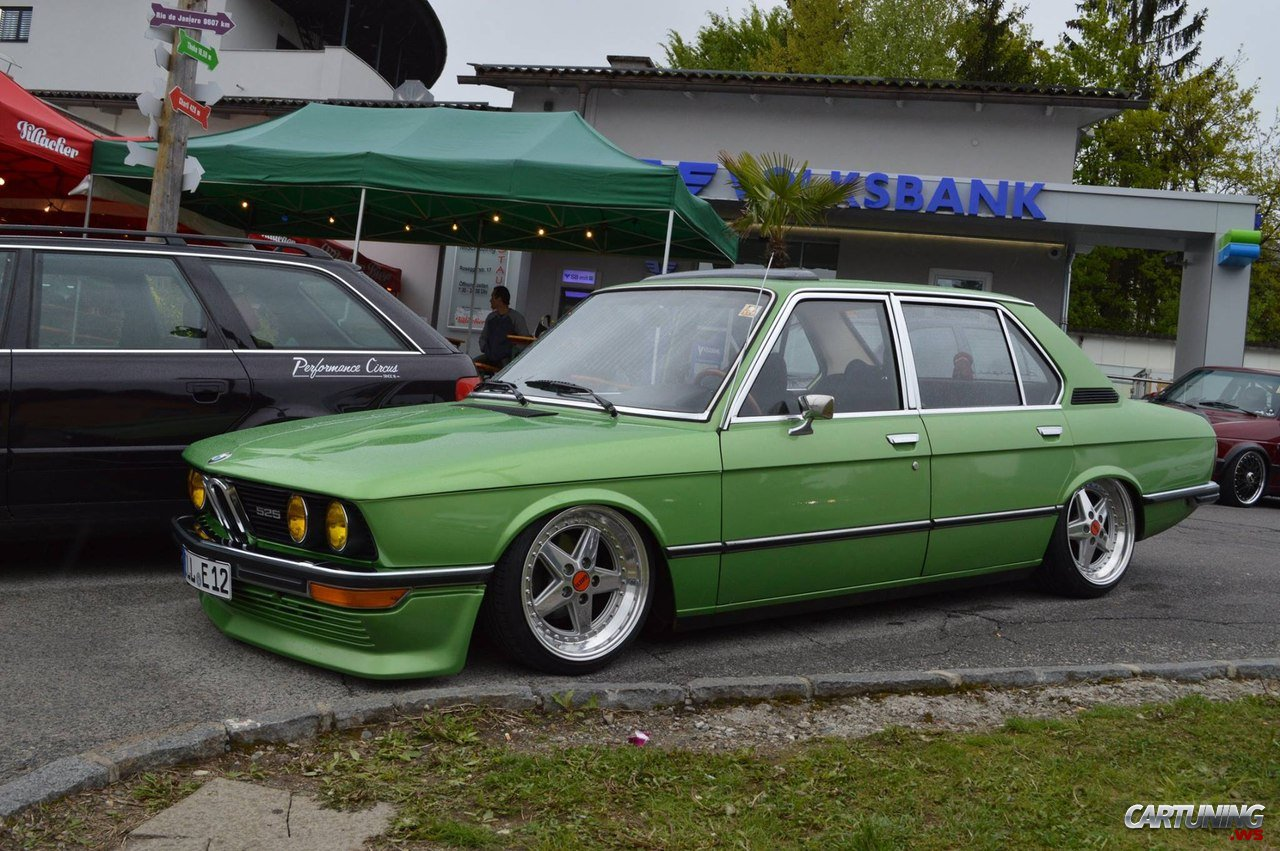 stanced bmw 525 e12 cartuning best car tuning photos from all the world. Black Bedroom Furniture Sets. Home Design Ideas
