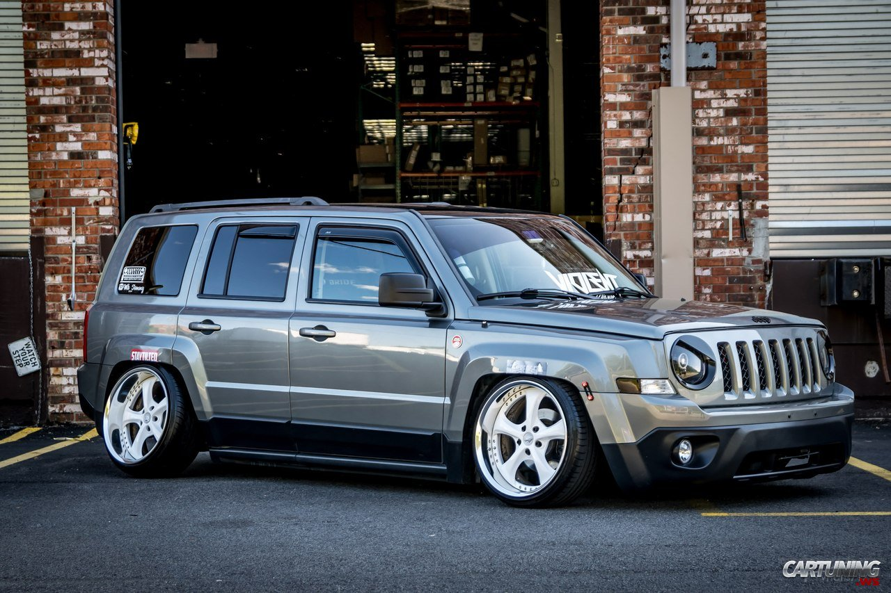 Stanced Jeep Patriot