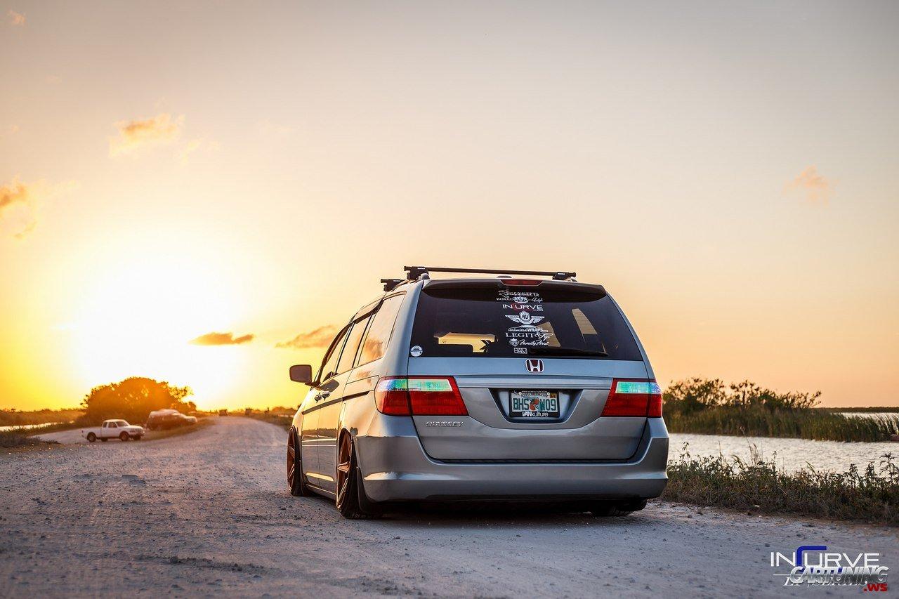 Stanced Honda Odyssey Rear