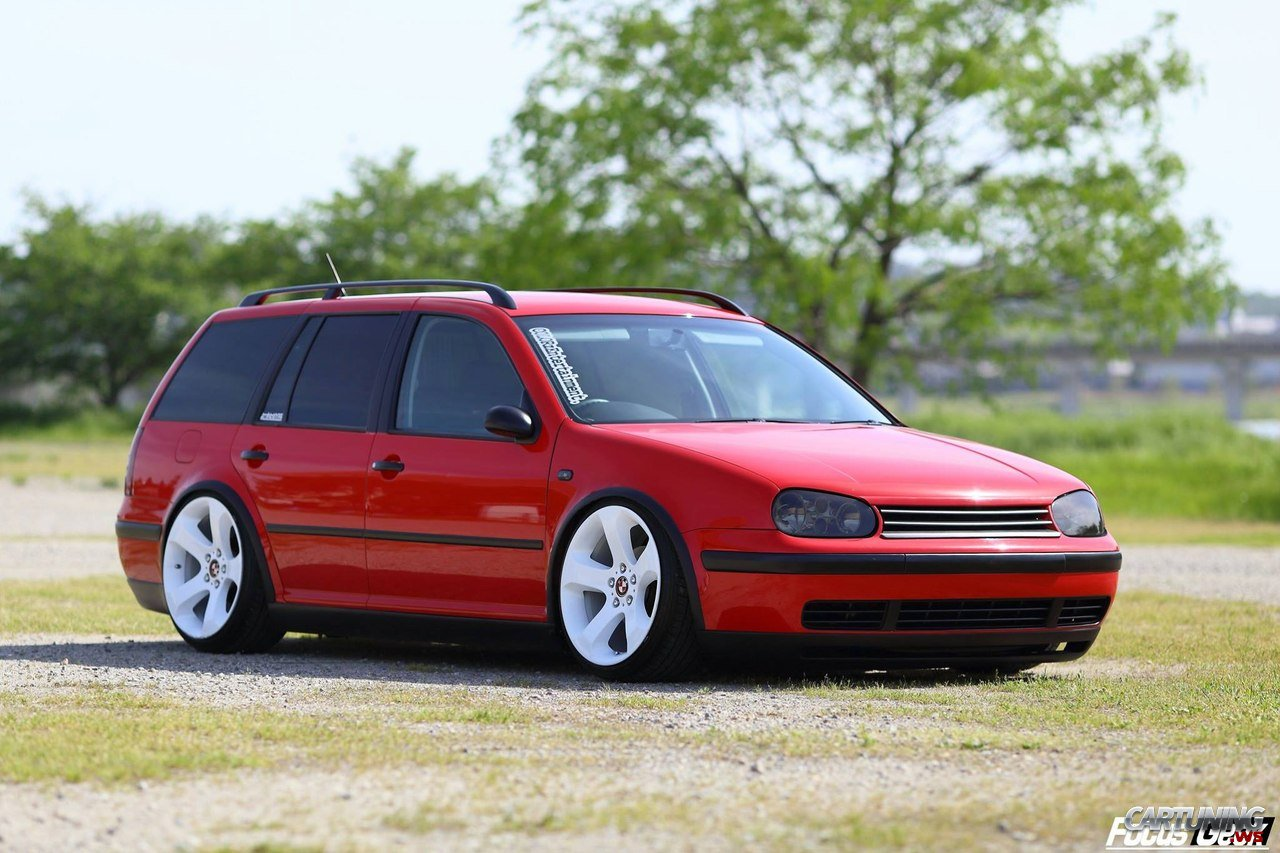 stanced volkswagen golf variant mk4. Black Bedroom Furniture Sets. Home Design Ideas
