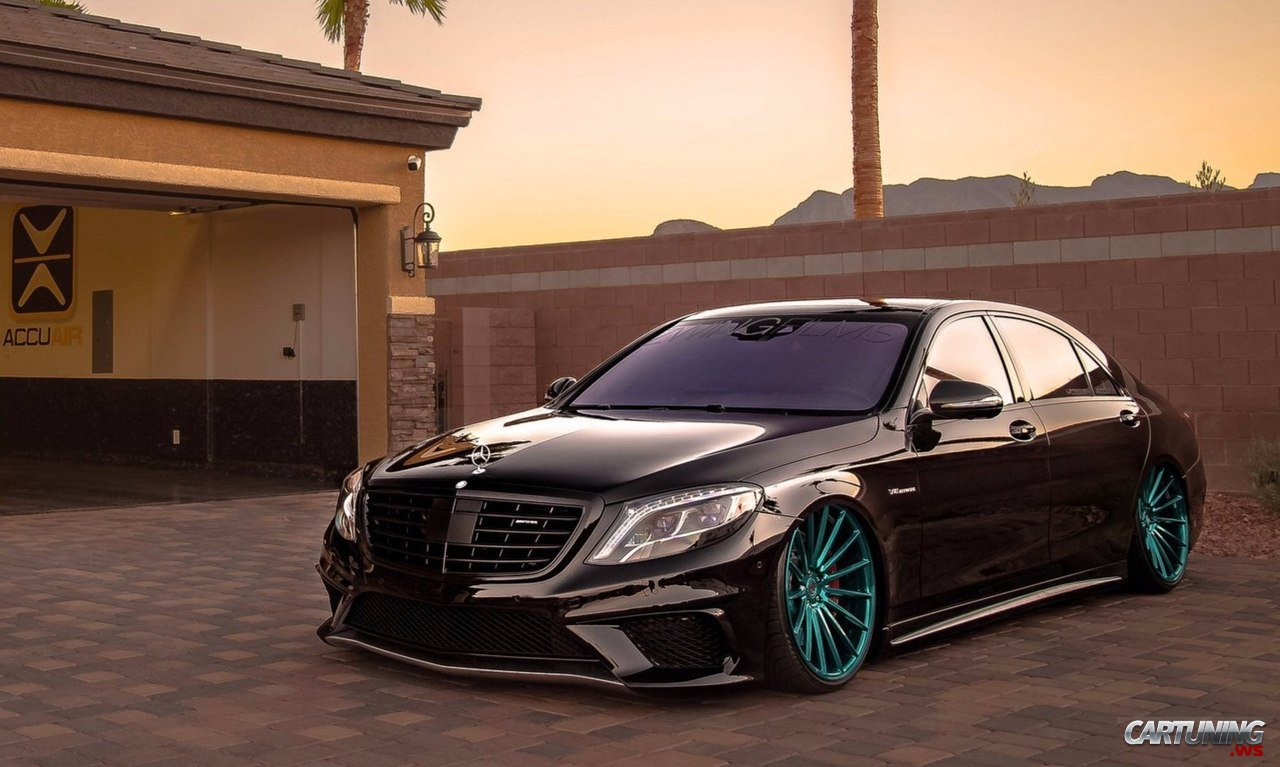 Stanced Mercedes Benz S63 Amg W222