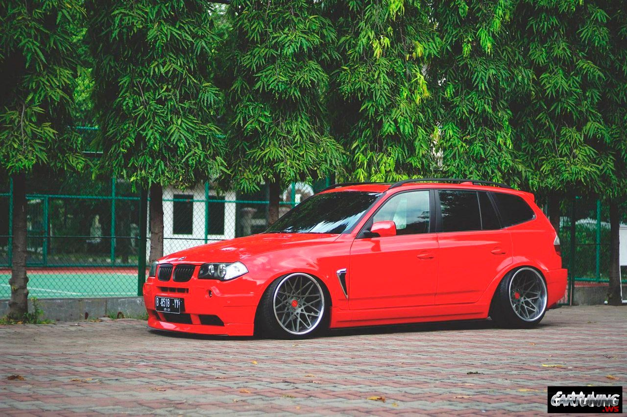 stanced bmw x3 e83 side. Black Bedroom Furniture Sets. Home Design Ideas