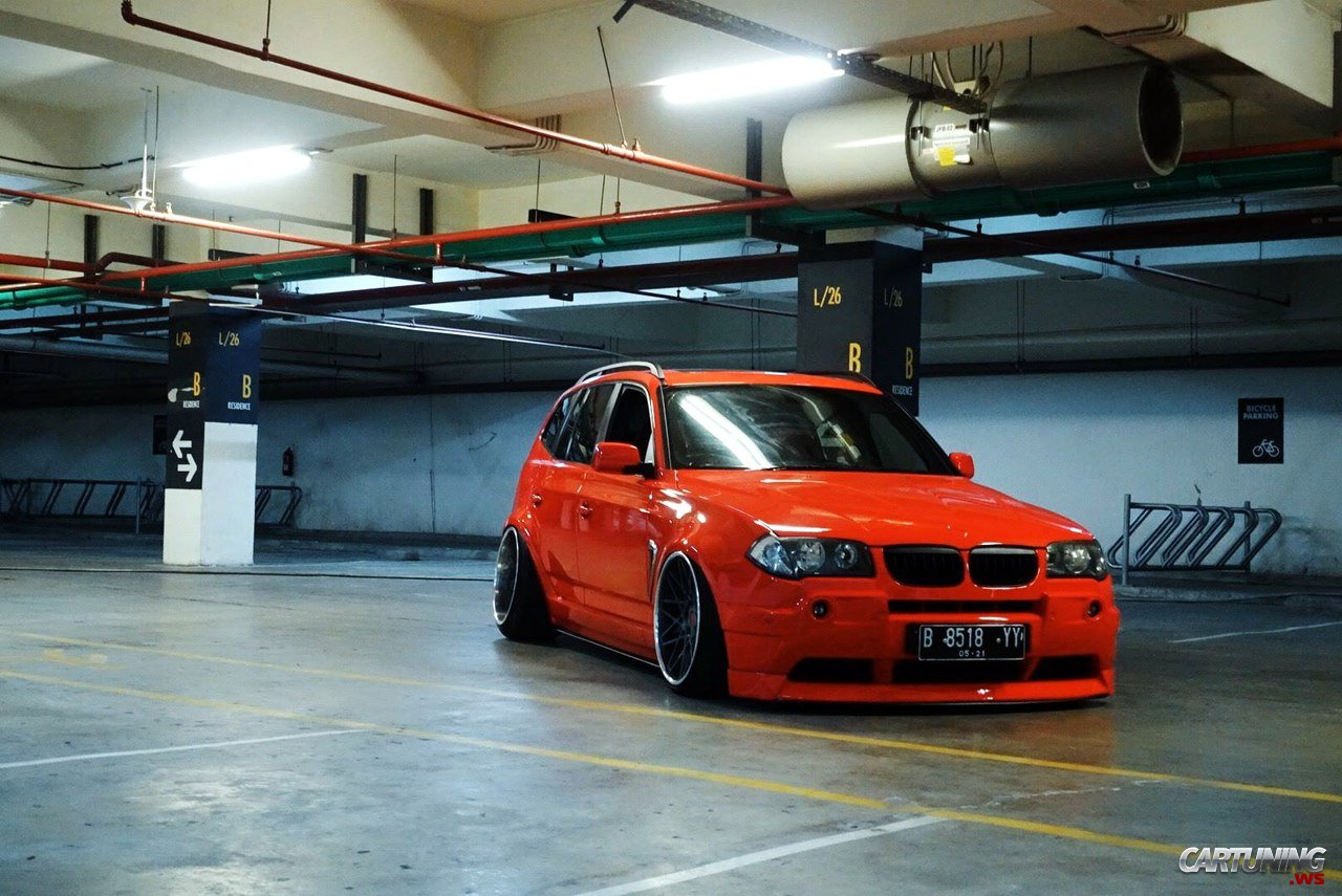 stanced bmw x3 e83 cartuning best car tuning photos from all the world. Black Bedroom Furniture Sets. Home Design Ideas
