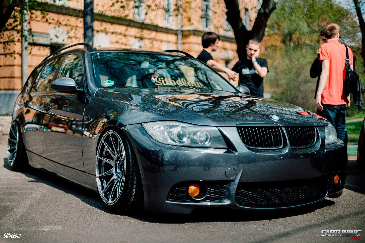 stanced bmw 330i touring e91 cartuning best car tuning photos from all the world. Black Bedroom Furniture Sets. Home Design Ideas