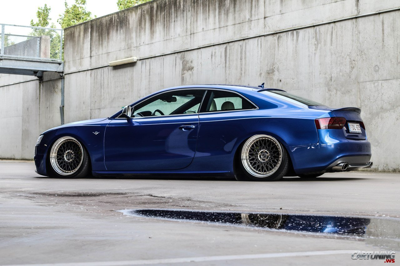 Stanced Audi S5 Coupe 2016 Side