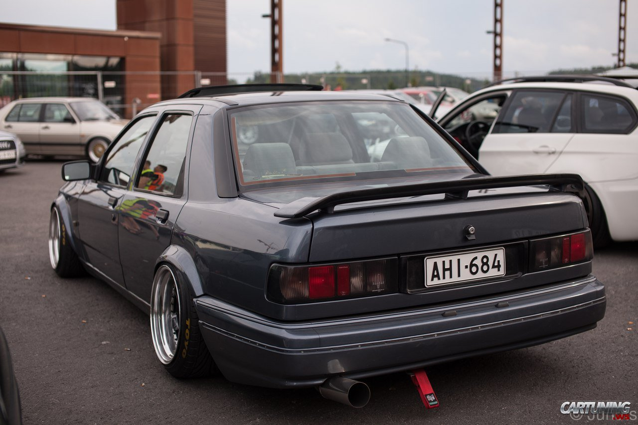 Honda Stanced Cars >> Stanced Ford Sierra rear