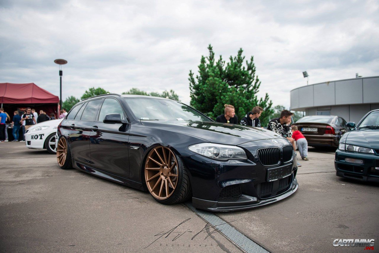 stanced bmw 530d touring f11 side. Black Bedroom Furniture Sets. Home Design Ideas