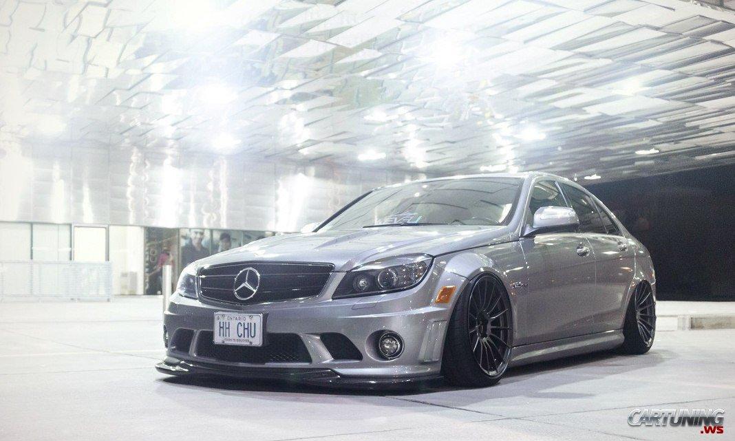 Stance Mercedes Benz C63 Amg W204