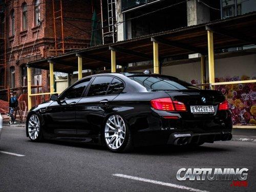 Stance BMW 550i F10 rear