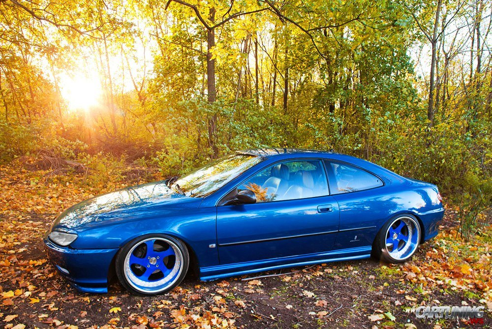 Stanced Peugeot 406 Coupe Side