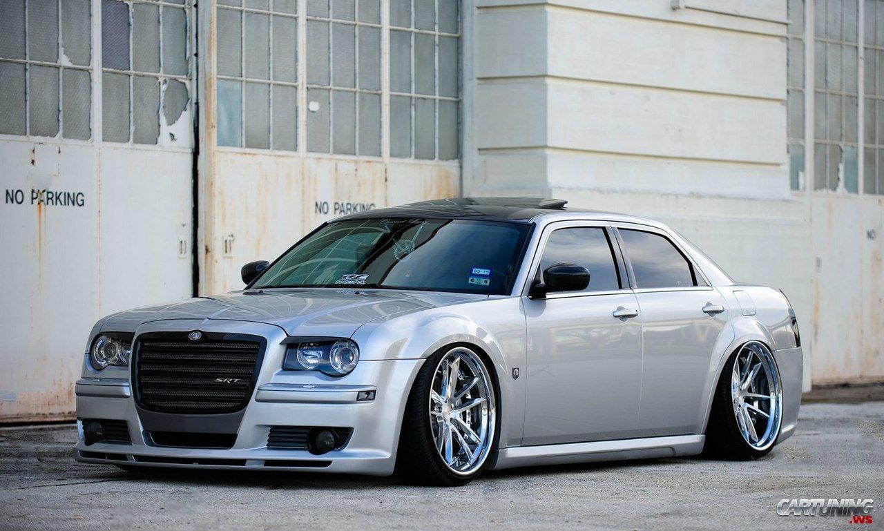 Stanced Chrysler 300 Stanced Chrysler 300C