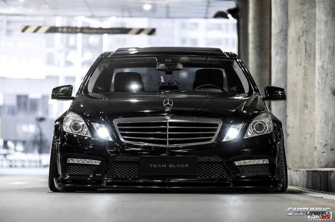 Stance Mercedes-Benz E550 W212 front