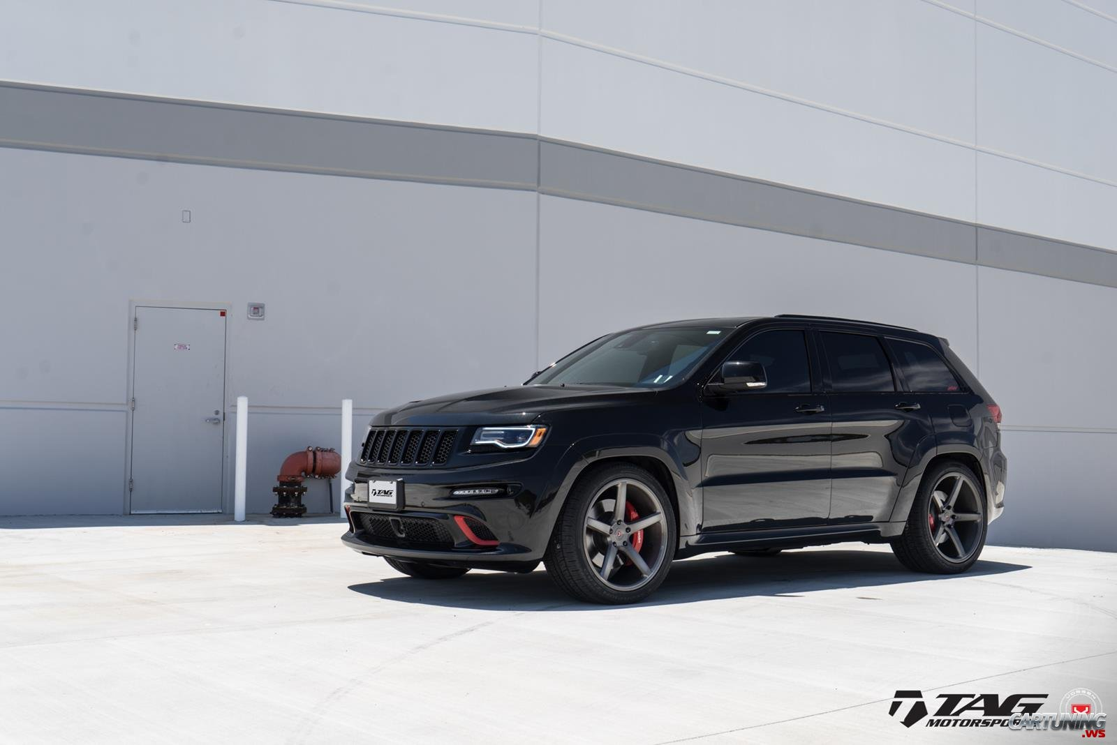 Jeep Srt 8 2017 >> Tuning Jeep Grand Cherokee SRT8 side