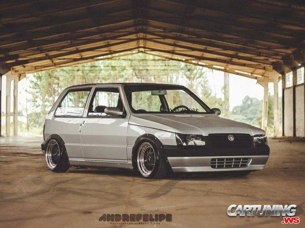 Stance Fiat Uno