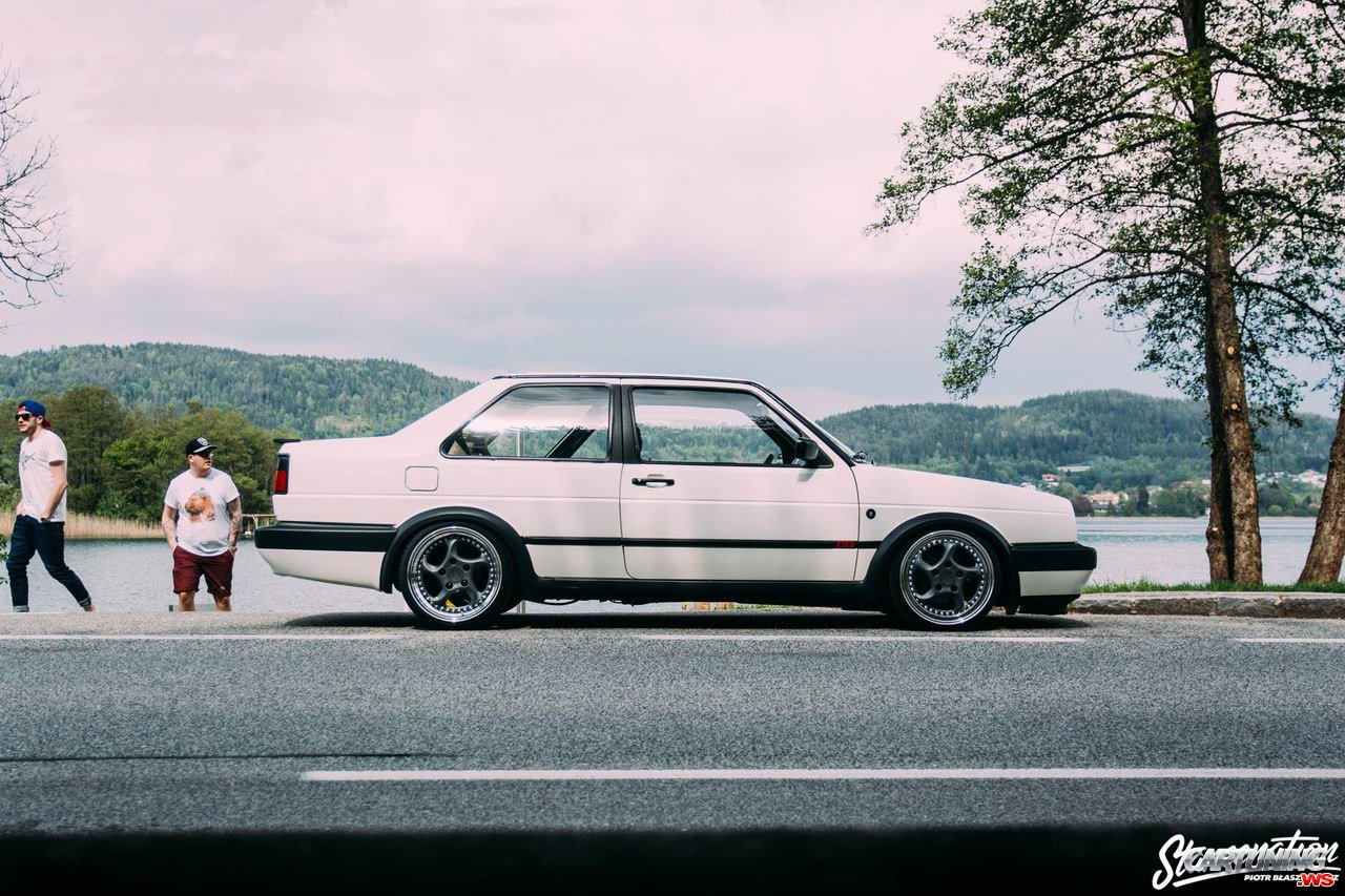 Tuning Volkswagen Jetta Coupe Mk2 Right Side