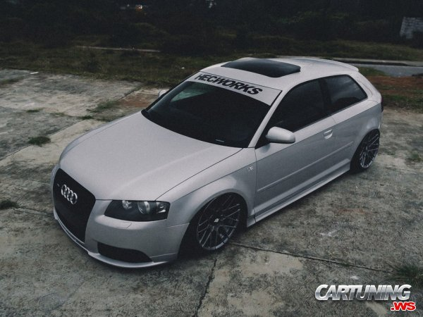 Stanced Audi RS3
