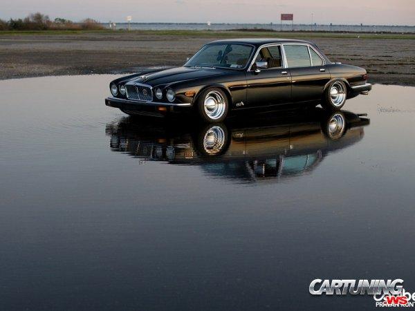 Jaguar XJ6 on Air