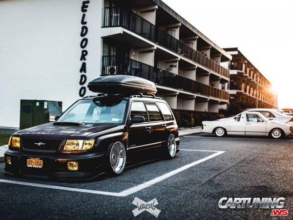 Subaru Forester SF on Air