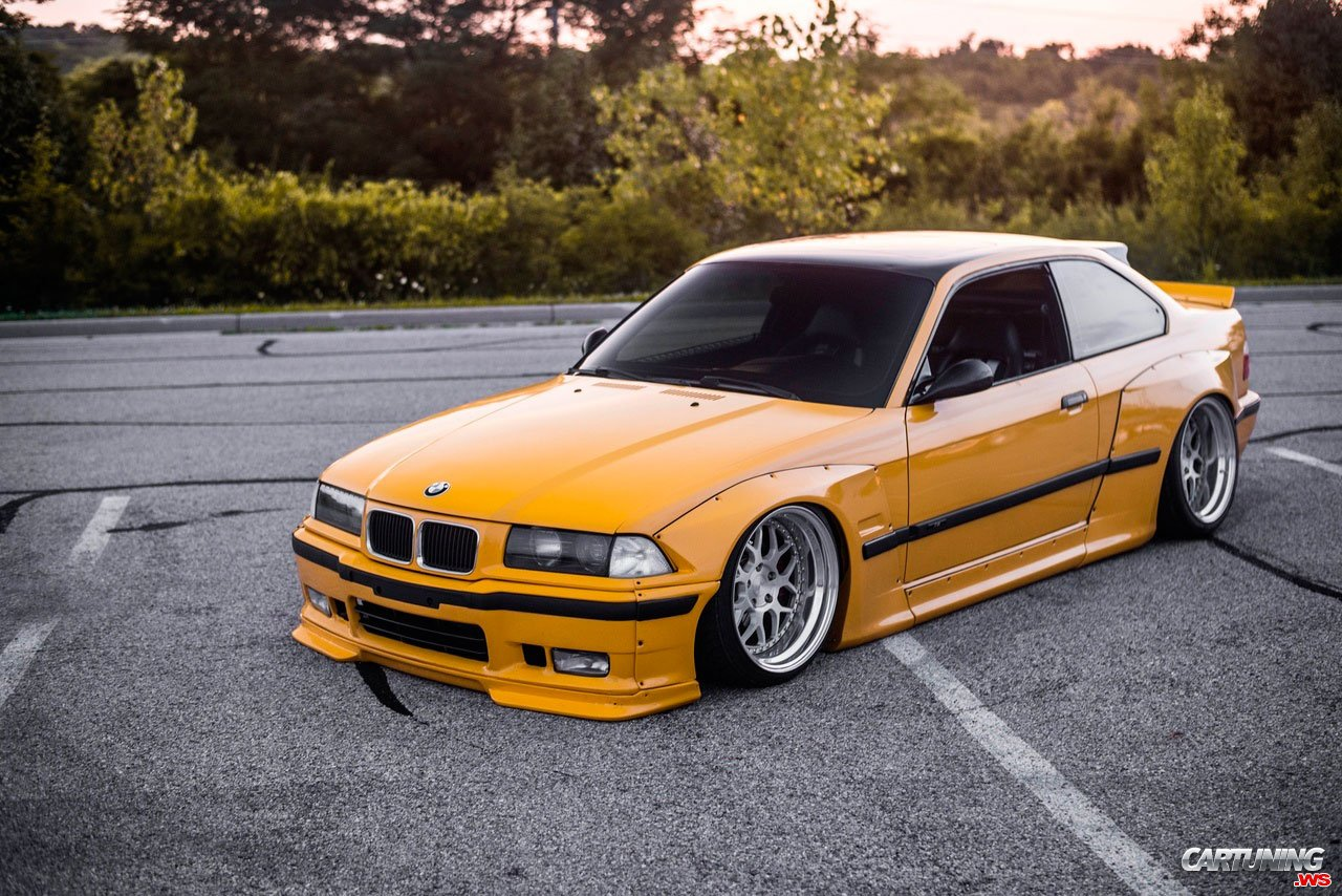 BMW M3 Coupe E36 Widebody, front