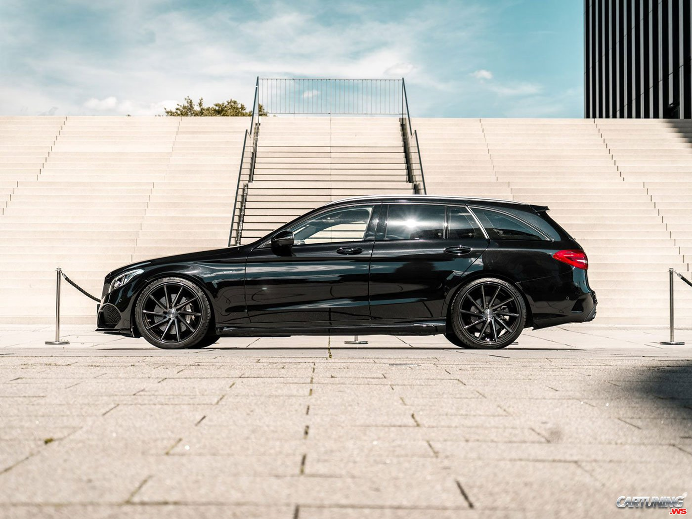 Tuning Mercedes-Benz C43 AMG S205, side